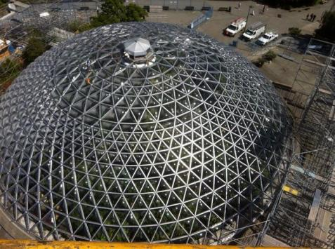 The completed new Bloedel Conservatory roof from above. Photo courtesy Wayne Dueck, Spectrum Skyworks.